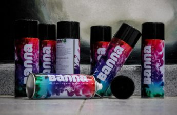 banna spray paints